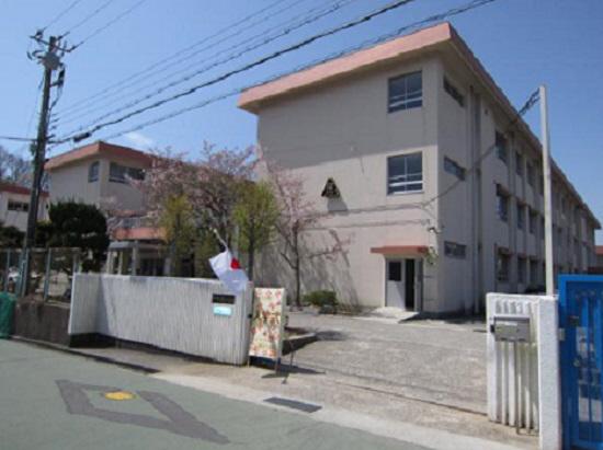 物件番号: 1111283237 レガロ鈴蘭 Ⅱ棟  神戸市北区杉尾台1丁目 2LDK ハイツ 画像20