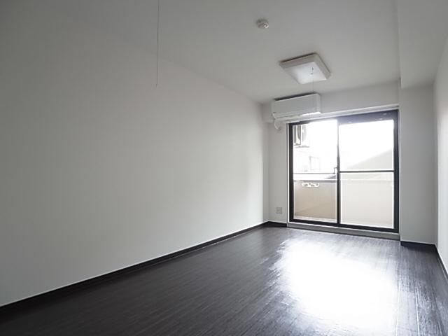 物件番号: 1111285349 ニューキャッスル  神戸市長田区久保町3丁目 1K マンション 画像1