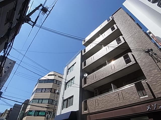 人気の神戸駅徒歩圏 室内リノベーション この広さ・立地でこのお家賃 302の外観